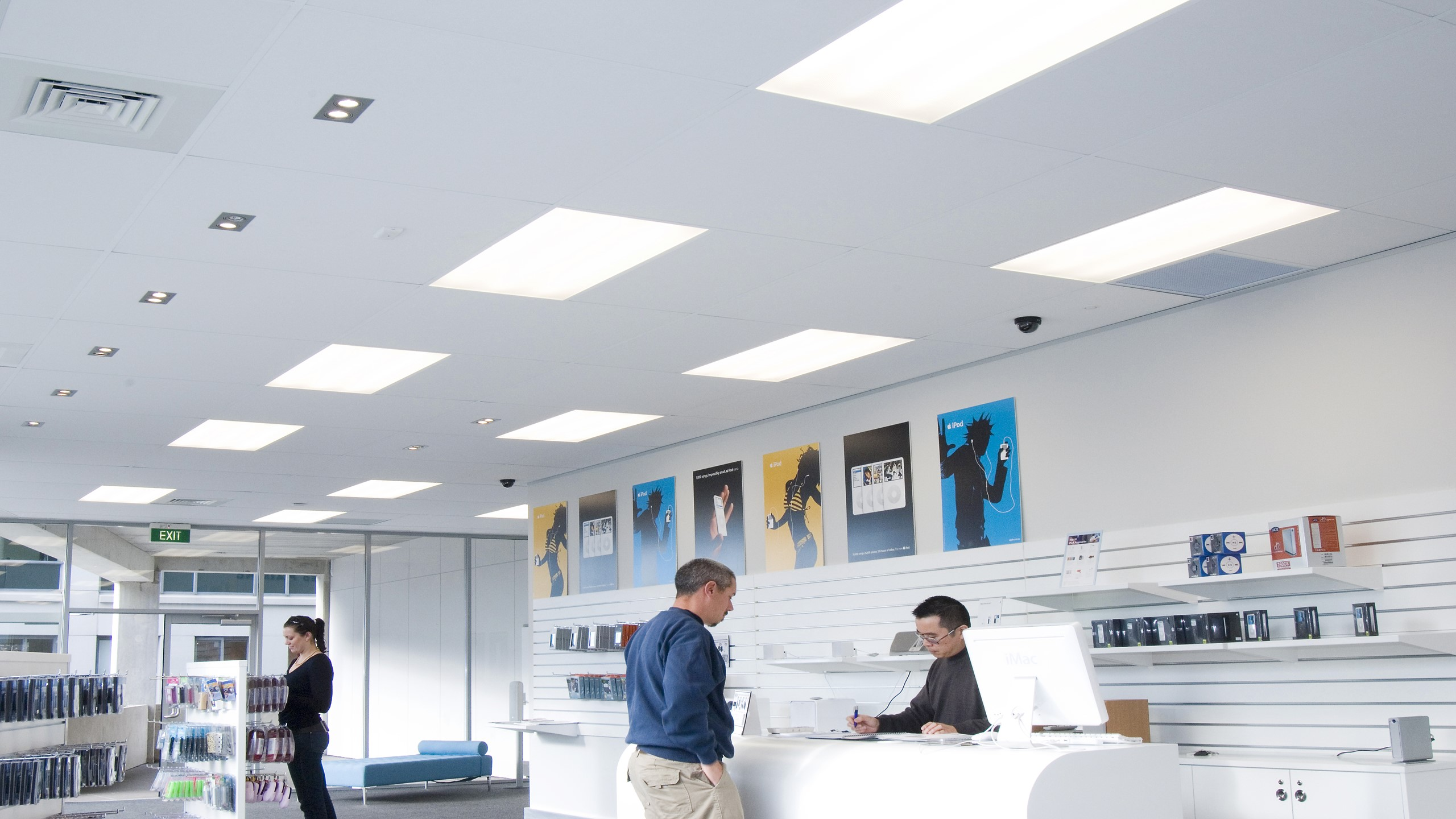 Triton Duo 35 installed into a grid & tile ceiling system